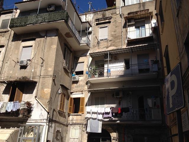 Quadrilocale, Mercato , Pendino, Napoli, da ristrutturare