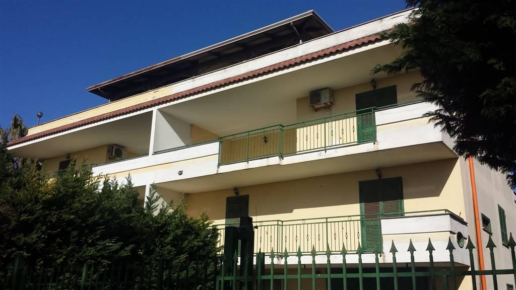 Villa in Via Marina Di Varcaturo, Lago Patria, Giugliano In Campania