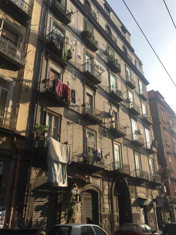 Appartamento in Via Francesco Cirillo  31, Mercato , Pendino, Napoli