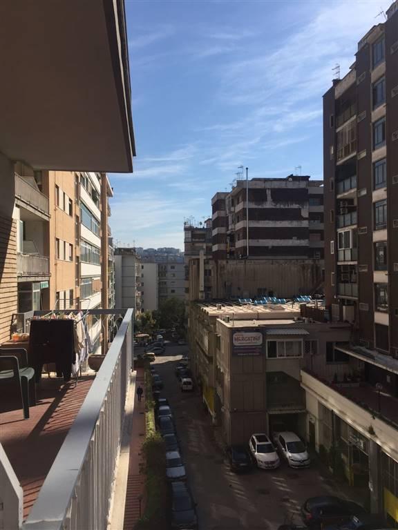 Bilocale, Fuorigrotta, Napoli, da ristrutturare