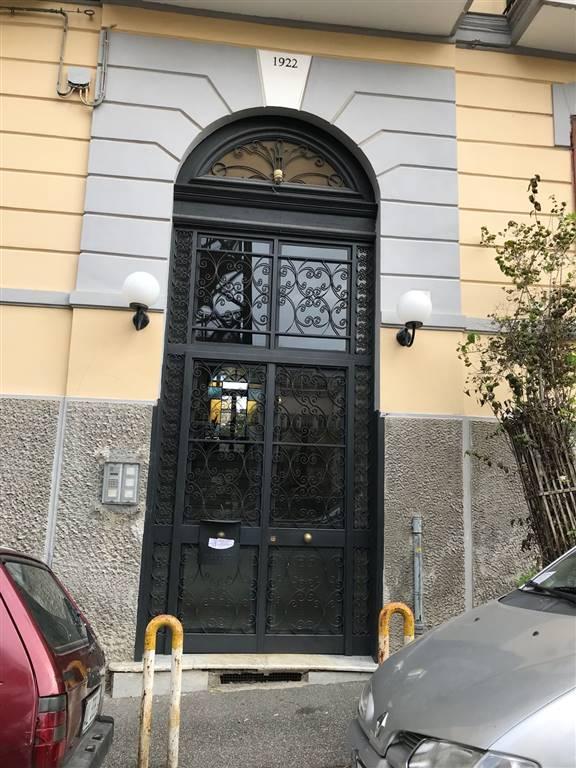 Quadrilocale in Via Maestro Colantonio 8, Vomero, Napoli
