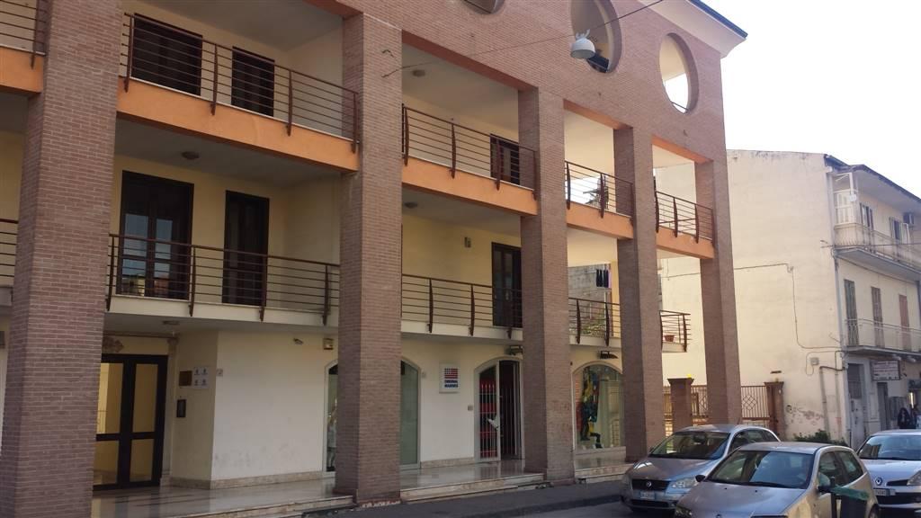 Quadrilocale in Via Calzolaio  58, Acerra