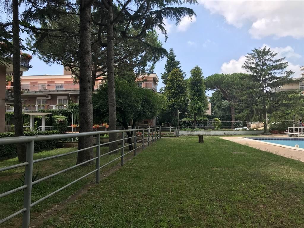 Trilocale, Soccavo, Napoli