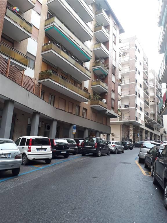 Bilocale in Via Tropeano 48, Arenella, Napoli