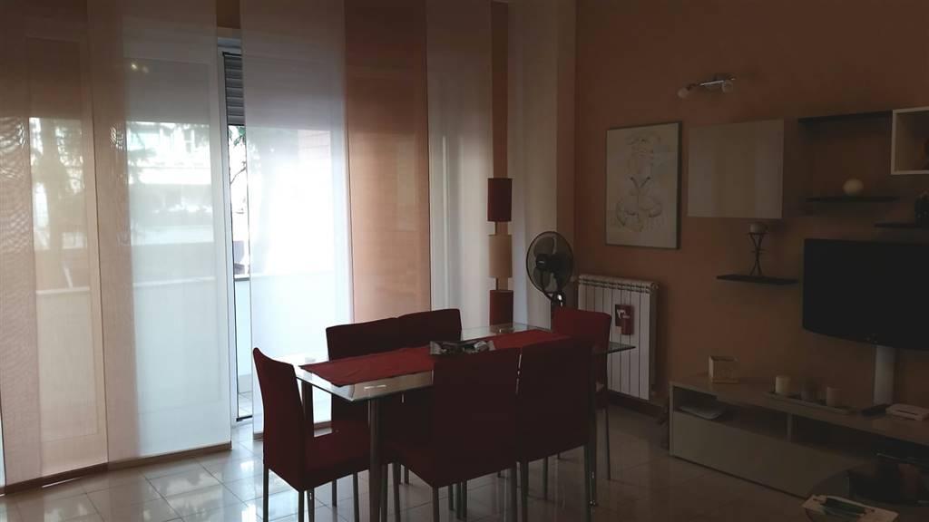 Trilocale, Fuorigrotta, Napoli, ristrutturato
