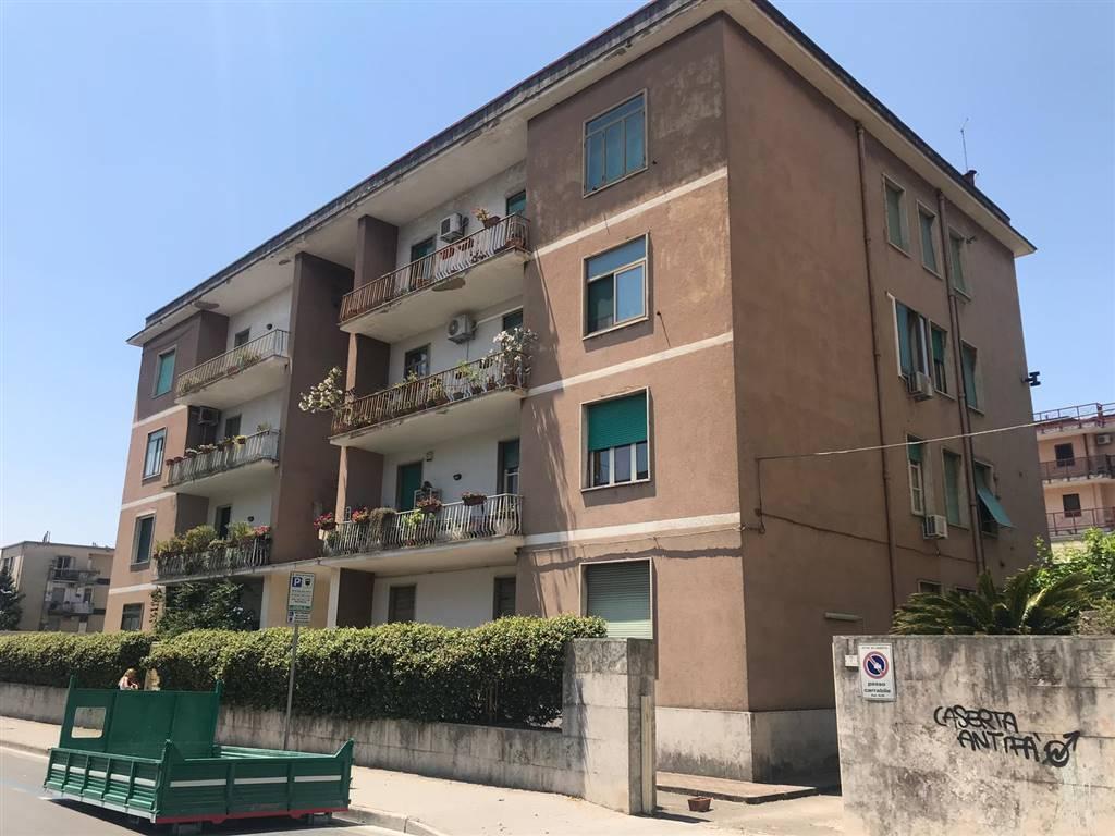 Appartamento, Centro, Caserta, da ristrutturare