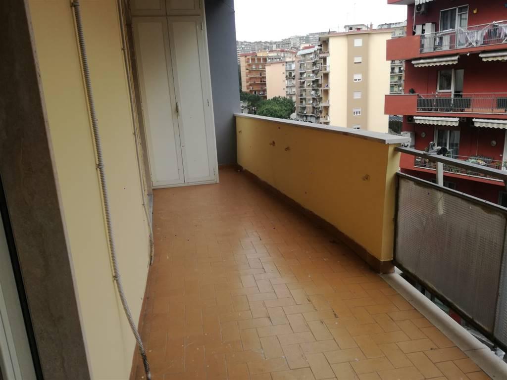 Quadrilocale in Via Simone Martini, Vomero, Napoli