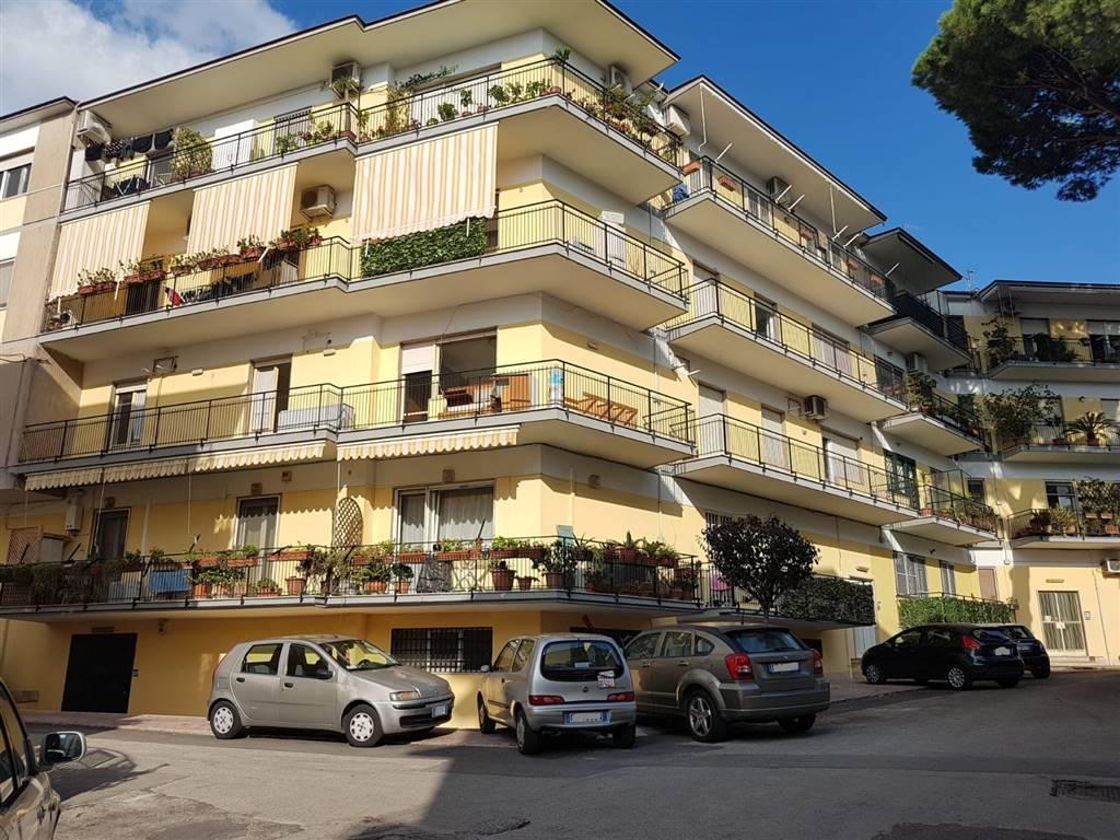 Appartamento, Fuorigrotta, Napoli, da ristrutturare