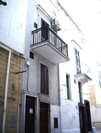 Casa singola, Fasano, ristrutturata