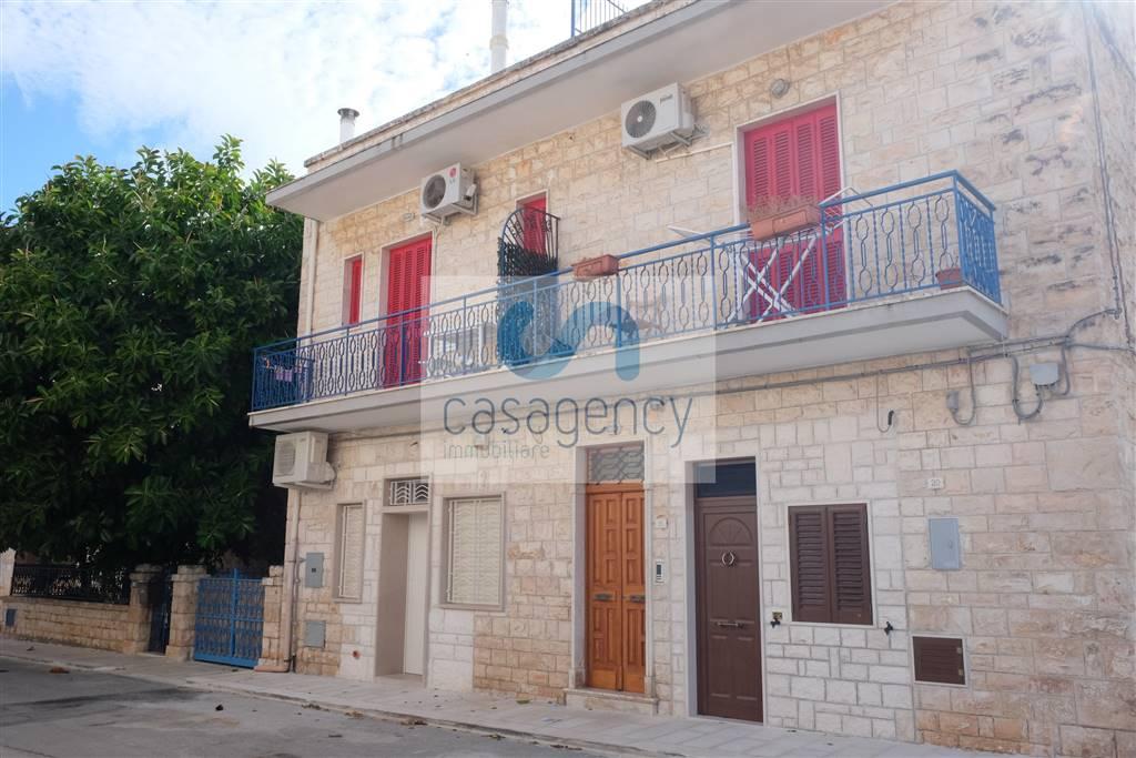 Casa semi indipendente in Via Magellano, Savelletri, Fasano