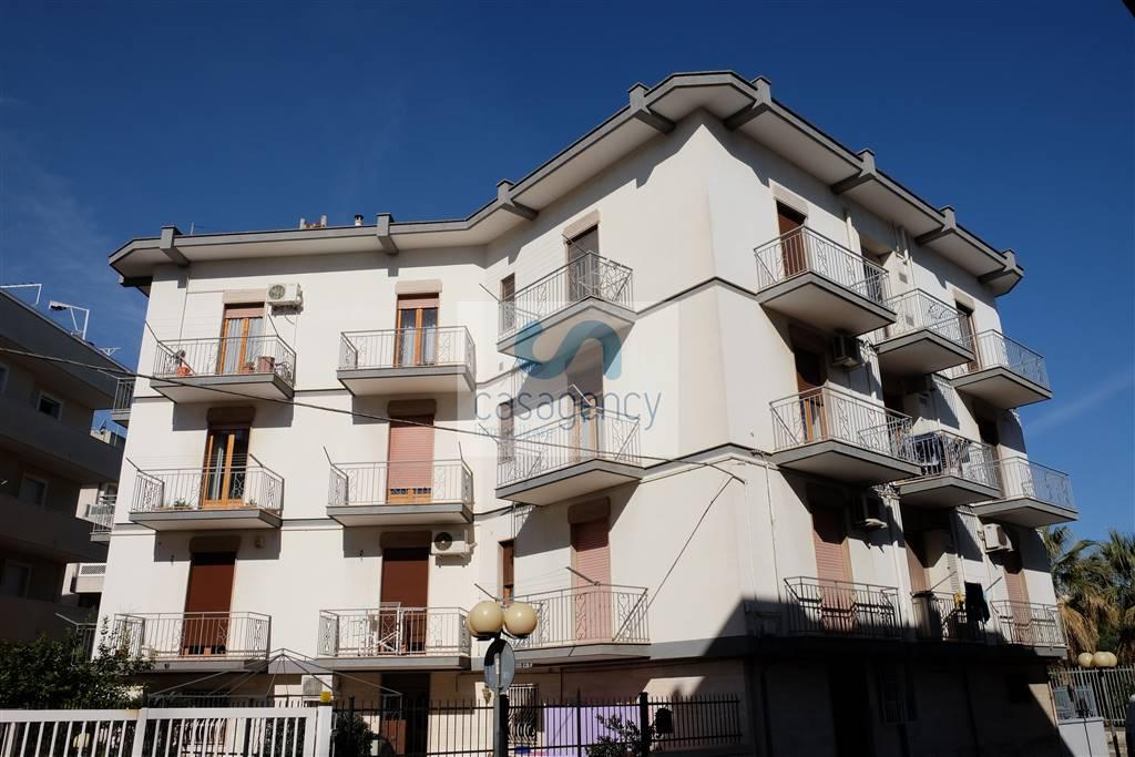 Trilocale in Via Carelli, Fasano