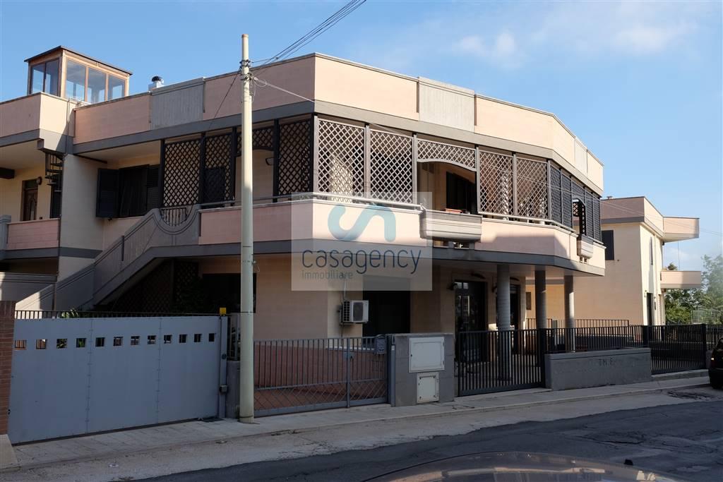 Appartamento indipendente in Via Ruggero Bonghi, Fasano