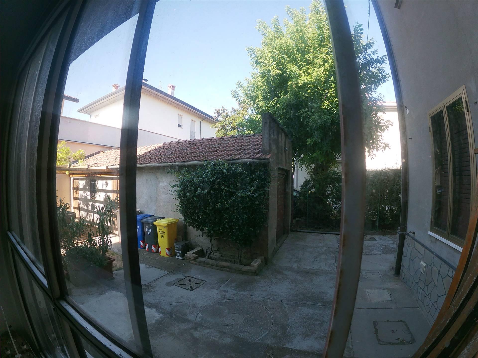 Foto ID 15890235