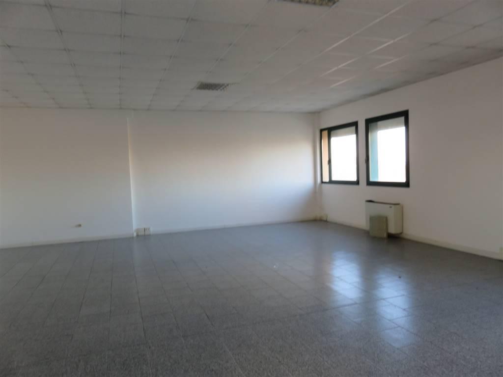 Ufficio / Studio in affitto a Quarto d'Altino, 9999 locali, prezzo € 400 | CambioCasa.it