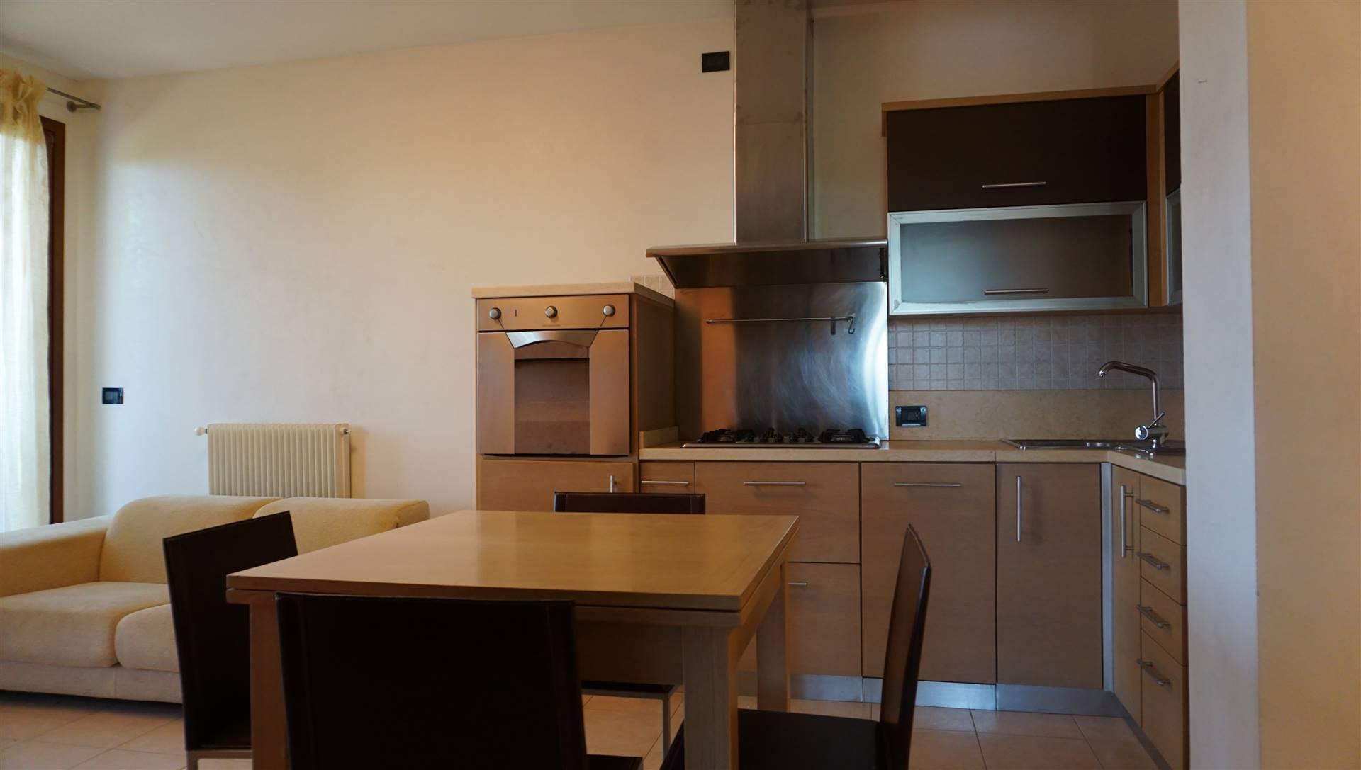 Appartamento in affitto a San Donà di Piave, 4 locali, prezzo € 550   CambioCasa.it