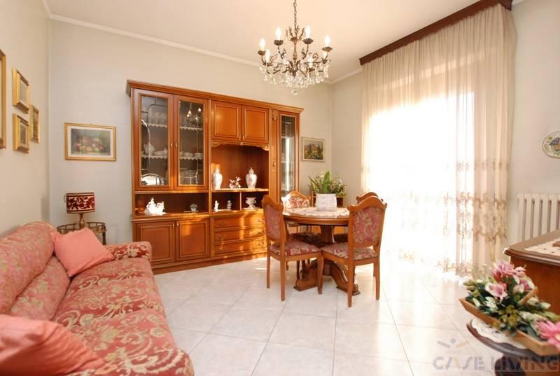 Appartamento in vendita a Rosate, 2 locali, zona Località: ROSATE, prezzo € 89.000 | PortaleAgenzieImmobiliari.it
