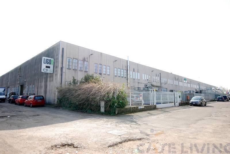 Capannone in vendita a Buccinasco, 9999 locali, prezzo € 395.000 | PortaleAgenzieImmobiliari.it