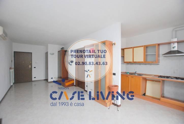 Appartamento in vendita a Calvignasco, 3 locali, prezzo € 110.000 | CambioCasa.it