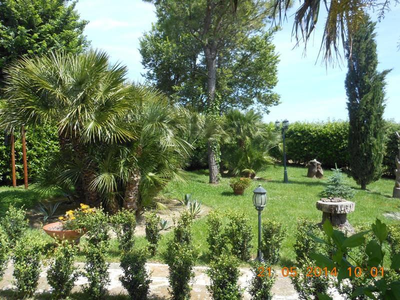 Villa a schiera, Casine Di Paterno, Ancona, in ottime condizioni
