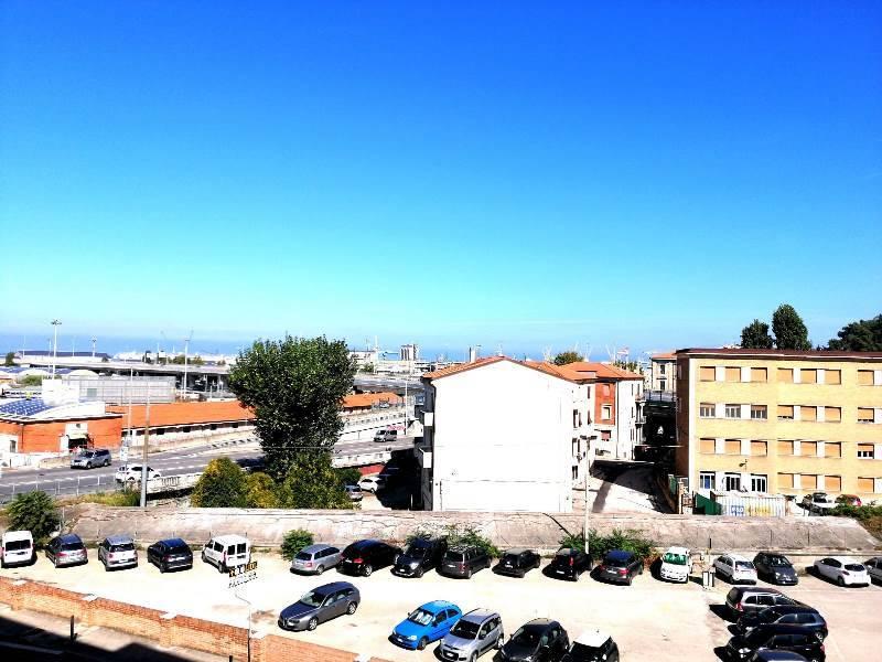 Appartamento in Via De Gasperi  8, Ancona