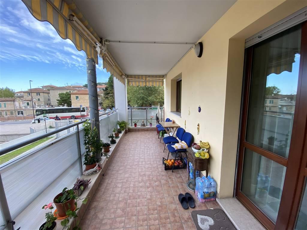Terrazzo coperto salone