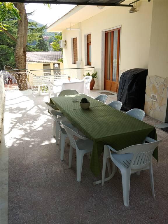 Villa, Nicolosi, in ottime condizioni