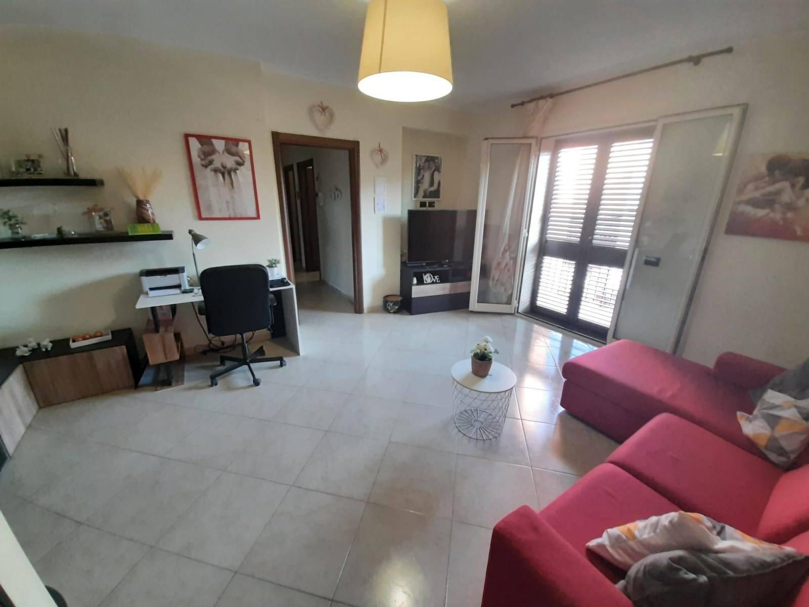 Appartamento in affitto a Belpasso, 3 locali, prezzo € 490   CambioCasa.it