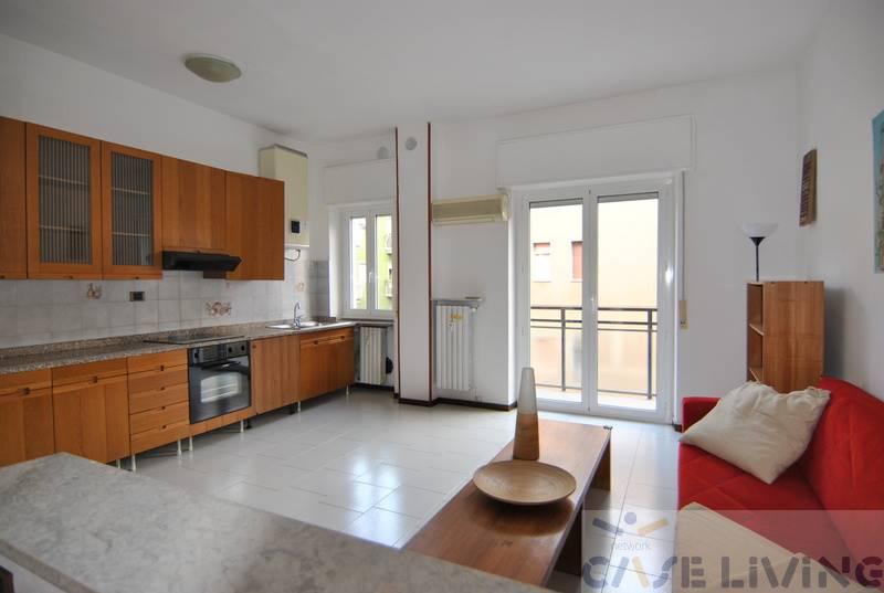 Appartamento in vendita a Cesano Boscone, 2 locali, prezzo € 100.000 | CambioCasa.it