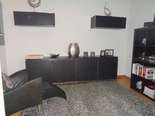 Soluzione Indipendente in vendita a Cesano Boscone, 4 locali, prezzo € 290.000   CambioCasa.it