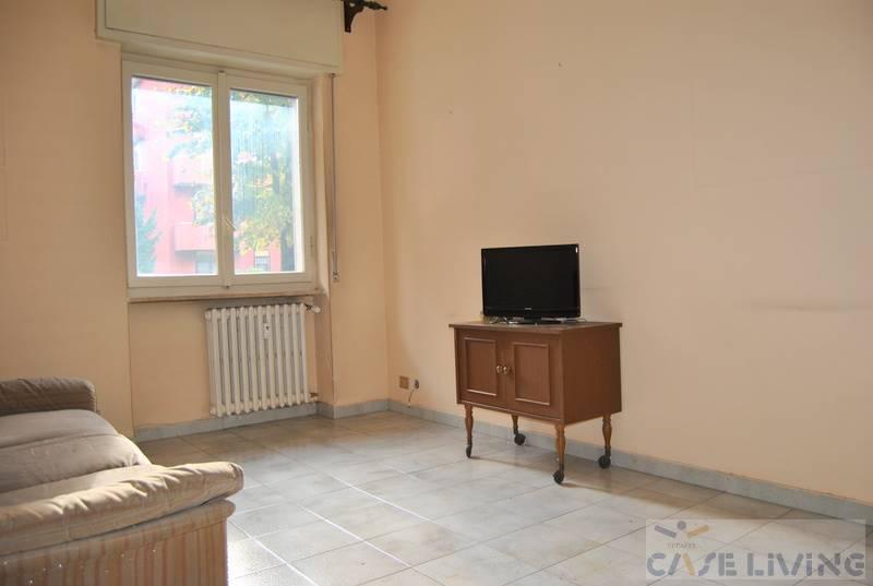 Appartamento in vendita a Cesano Boscone, 2 locali, prezzo € 100.000   CambioCasa.it