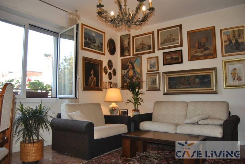 Appartamento in vendita a Cesano Boscone, 3 locali, zona Località: QUARTIERE TESSERA, prezzo € 139.000 | CambioCasa.it