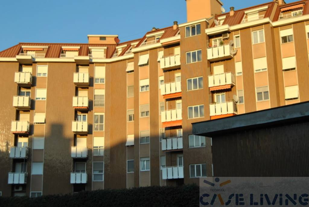 Appartamento in vendita a Cesano Boscone, 2 locali, prezzo € 145.000 | CambioCasa.it