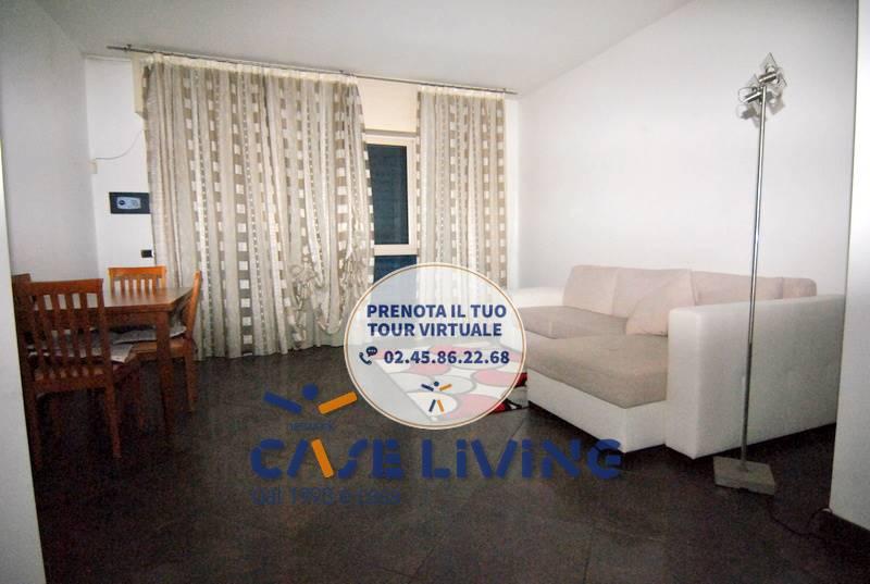 Appartamento in affitto a Cesano Boscone, 3 locali, prezzo € 900 | CambioCasa.it
