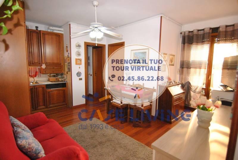 Appartamento in vendita a Cesano Boscone, 3 locali, prezzo € 145.000   CambioCasa.it