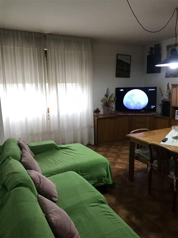 Appartamento in vendita a Senigallia, 7 locali, zona Località: SALINE, prezzo € 240.000 | CambioCasa.it