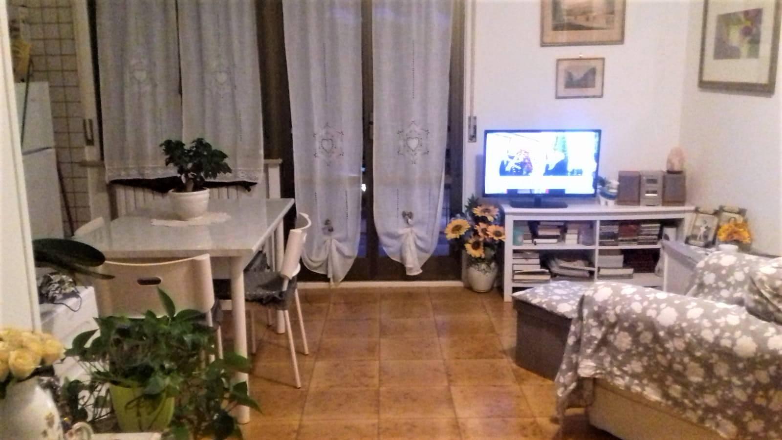 Appartamento in affitto a Montemarciano, 2 locali, zona Zona: Marina di Montemarciano, prezzo € 400 | CambioCasa.it