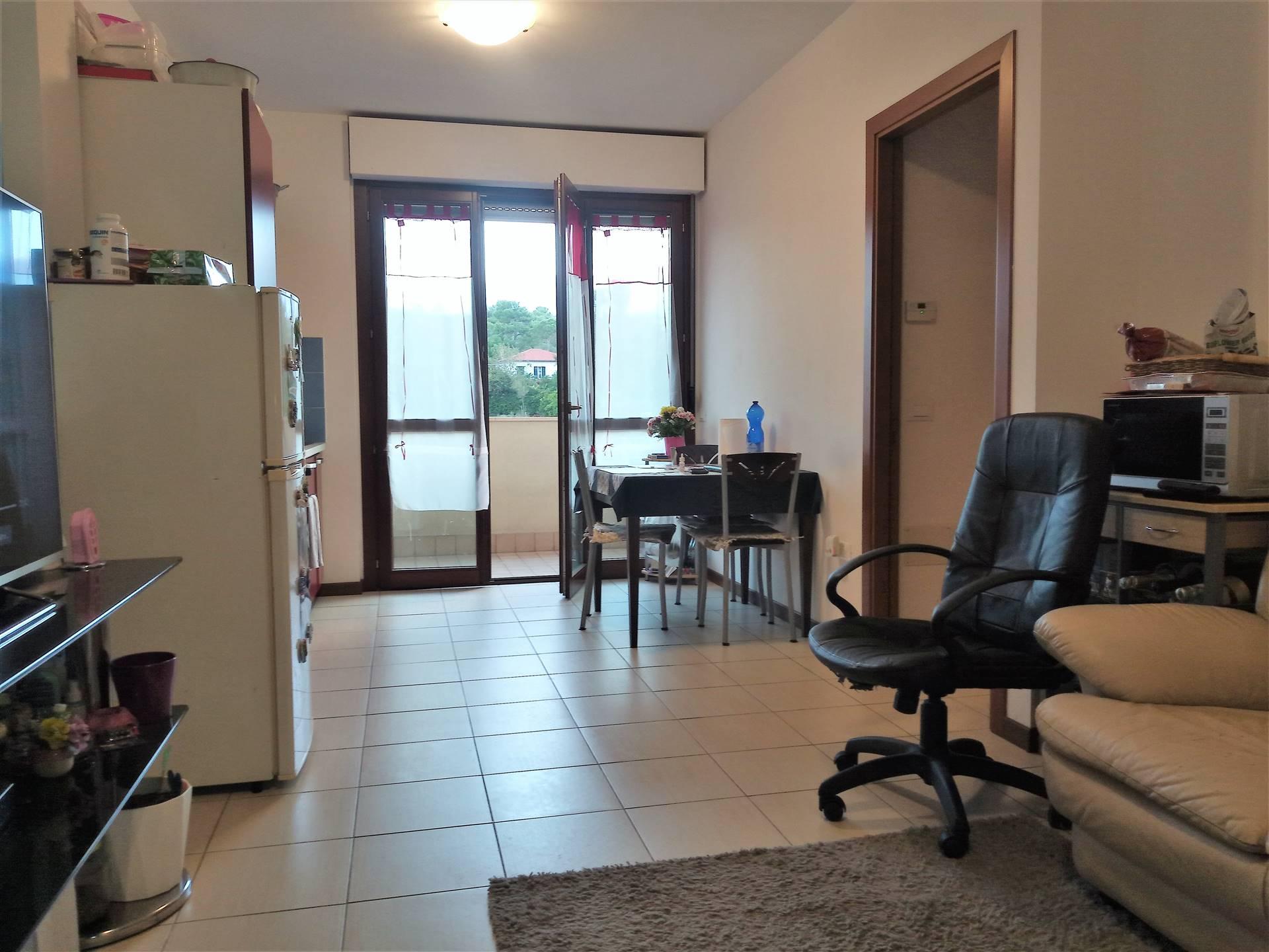 Appartamento in vendita a Senigallia, 3 locali, zona Zona: Marzocca, prezzo € 140.000 | CambioCasa.it