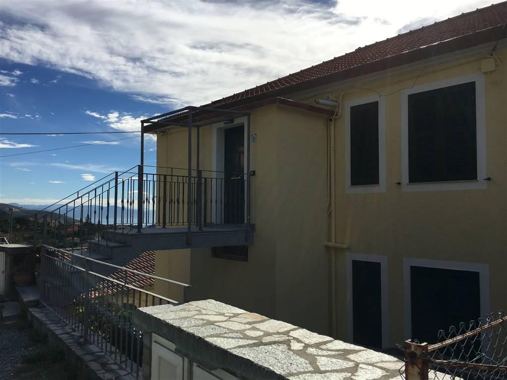 Appartamento indipendente, Sciarborasca, Cogoleto, ristrutturato