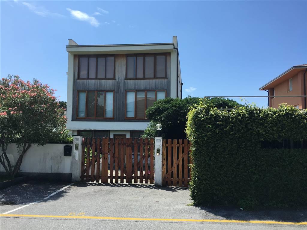Appartamento indipendente, Arenzano, seminuovo