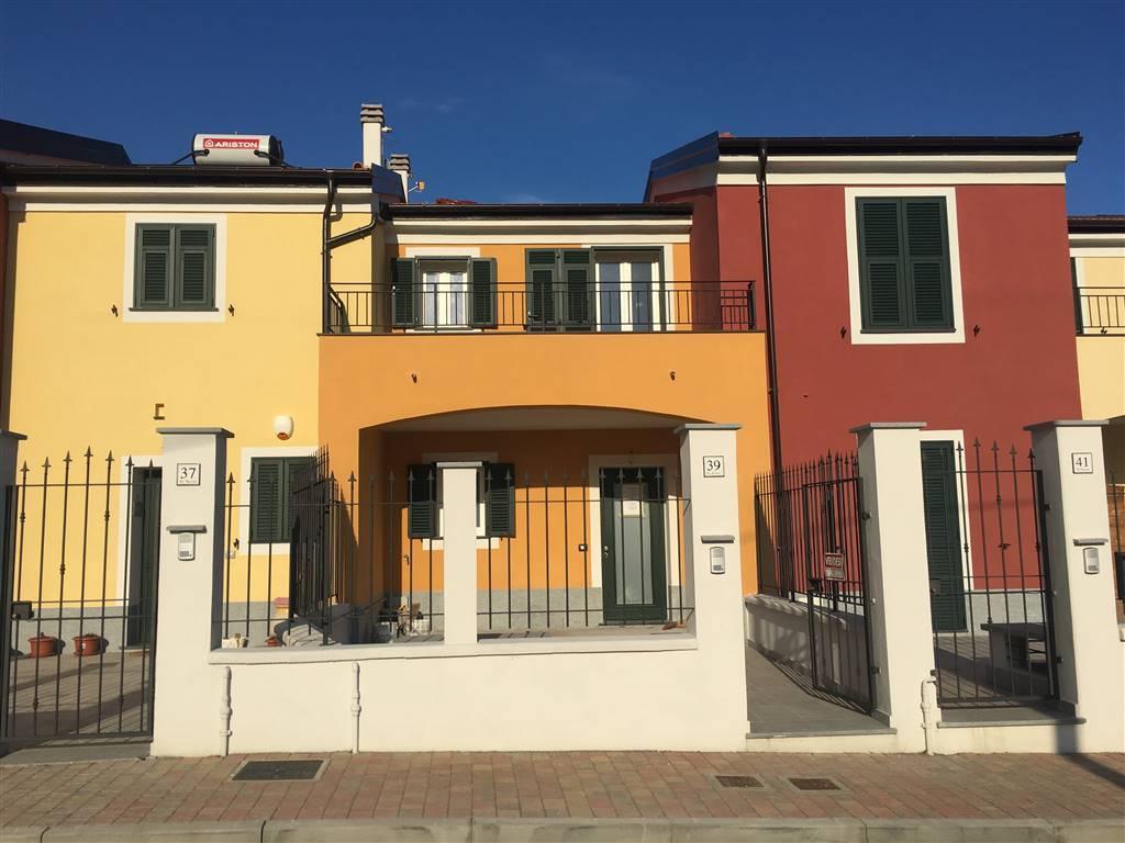 Villa a schiera, Cogoleto, in nuova costruzione