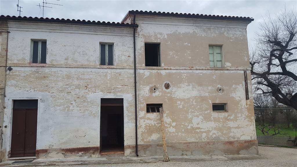 Casa semi indipendenteaCASTELBELLINO