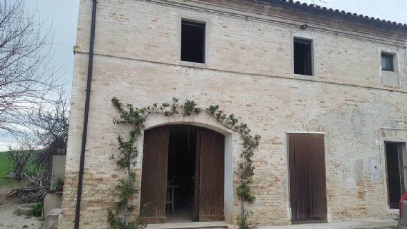 Casa semi indipendente, Castelbellino Stazione, Castelbellino, abitabile