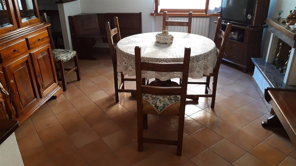 Appartamento in vendita a San Paolo di Jesi, 5 locali, prezzo € 90.000 | CambioCasa.it