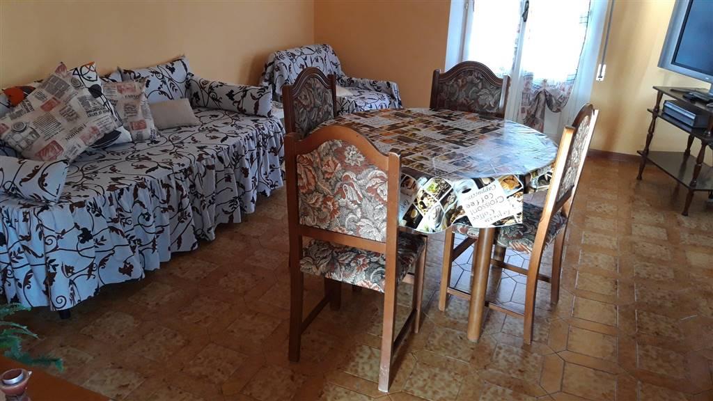 Appartamento in vendita a Cupramontana, 5 locali, zona Zona: Poggio Cupro, prezzo € 59.000 | CambioCasa.it