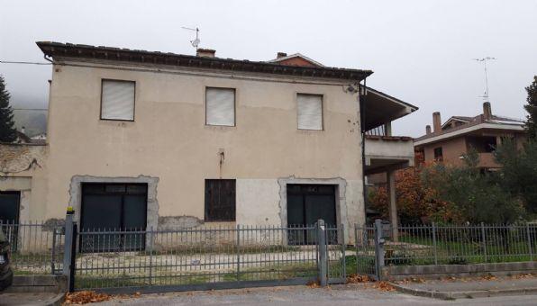 Casa singolaaROSORA