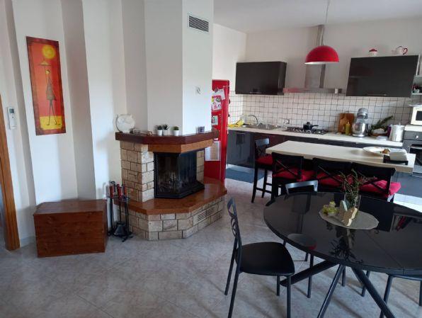 Appartamento in vendita a Castelplanio, 6 locali, zona etto, prezzo € 149.000 | PortaleAgenzieImmobiliari.it