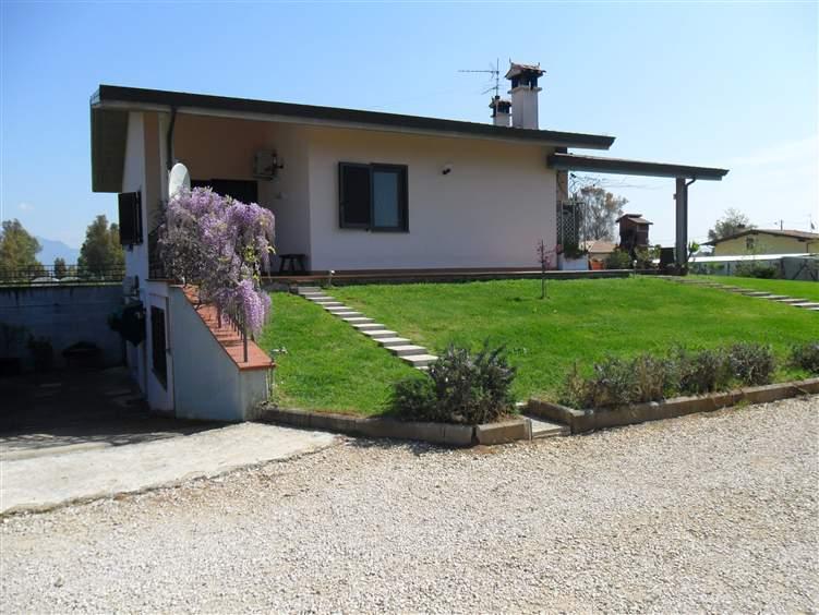 Villa, Borgo San Michele, Latina