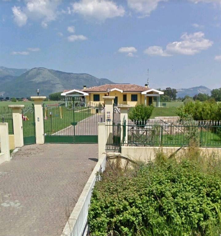 Villa, Latina, in nuova costruzione