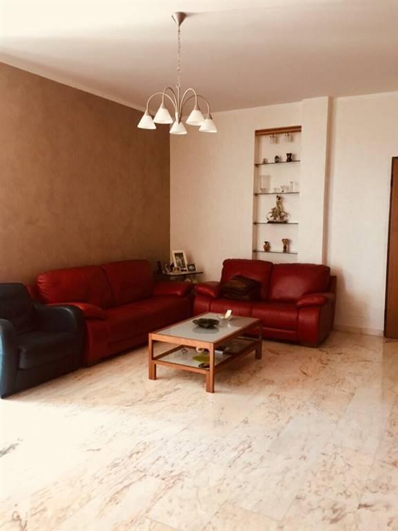 PASTENA, SALERNO, Wohnung zu verkaufen von 110 Qm, Beste ausstattung, Heizung Unabhaengig, Energie-klasse: G, Epi: 175 kwh/m2 jahr, am boden 7° auf 7,
