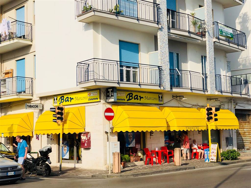 TORRIONE, SALERNO, café for sale of 250 Sq. mt., Excellent Condition, Energetic class: G, placed at Ground, composed by: 6 Rooms, 3 Bathrooms, Price: